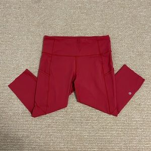 Red lulu lemon Capri leggings